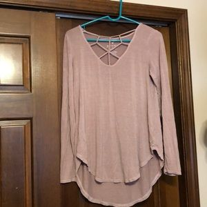 American Eagle Soft and Sexy Ling Sleeve Top